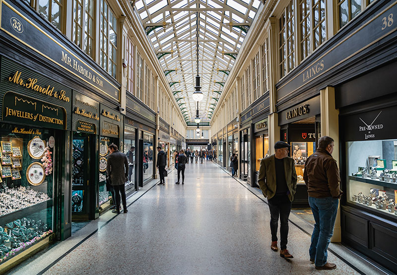 Diamond shopping at the Argyll Arcade, Glasgow