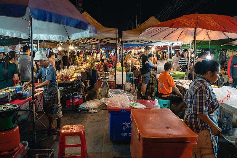 San Kamphaeng Saturday Market in Chiang Mai, Thailand