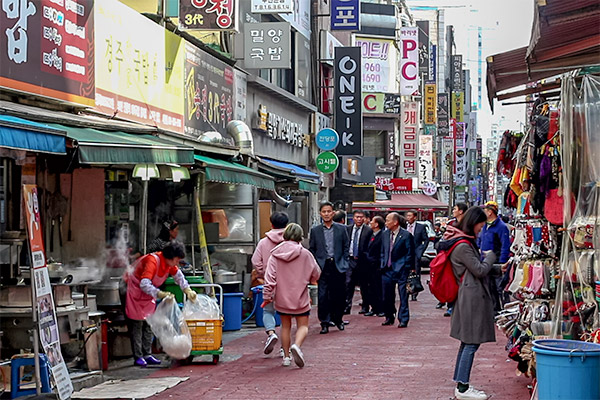 Busan City Guide: Pork Rice Soup and street food street in Seomyeon