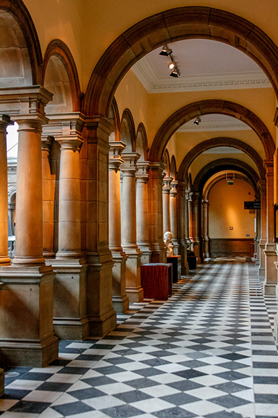 Ultimate Glasgow Guide: The Grandiose Interior of The Kelvingrove Art Gallery and Museum, Glasgow