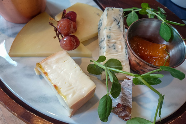 Ultimate Glasgow Guide: Cheese Platter at Eusebi's, Glasgow