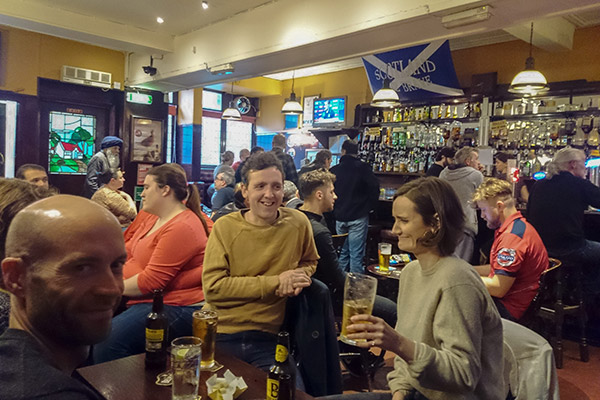 Ultimate Glasgow Guide: Pub Quiz night in The Grove Bar, Glasgow