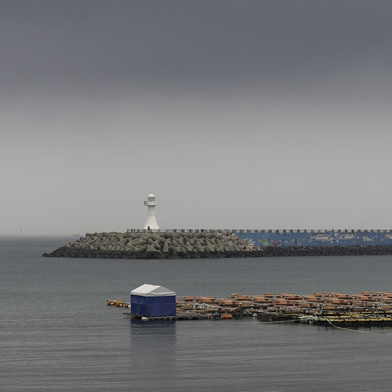 Grey morning view from Hamo Beach