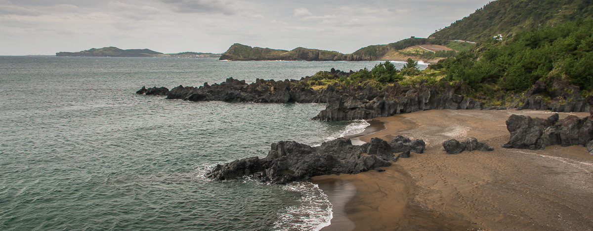 The so called 'Hidden Beaches' in front of Sanbangsan on Jeju Olle Trail Route 10