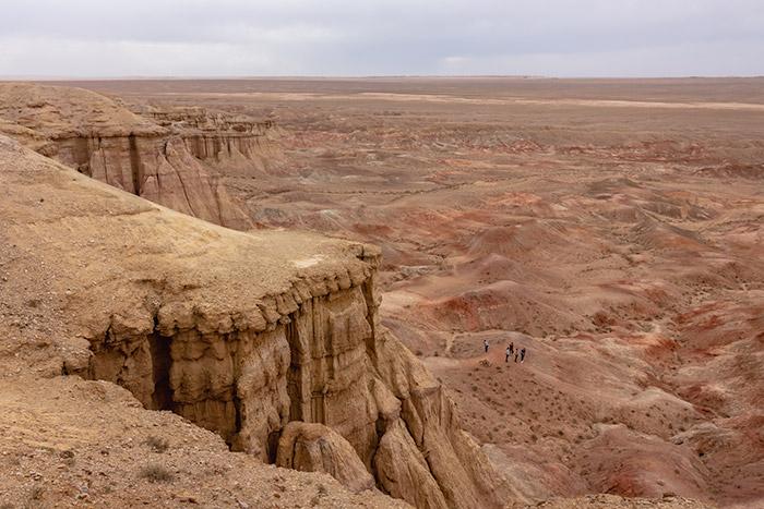Budget Gobi Tour: Tsagaan Suvarga, 'The White Stupa', the Gobi, Mongolia