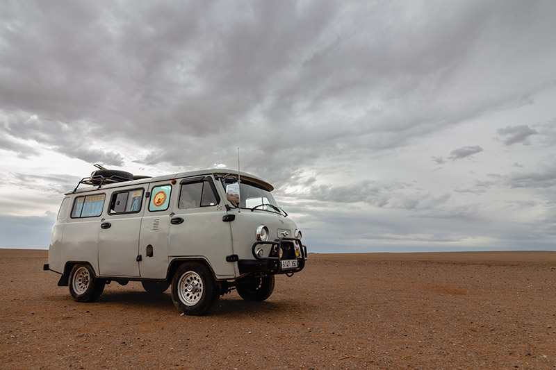 Budget Gobi Tour: Russian Van in the Gobi, Mongolia
