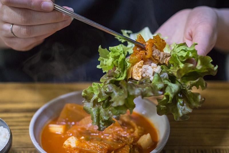 Korean Food: Kimchi Jjigae