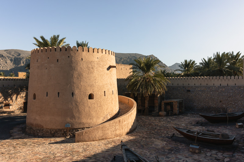 The drum tower of Khasab Castle in the afternoon sun