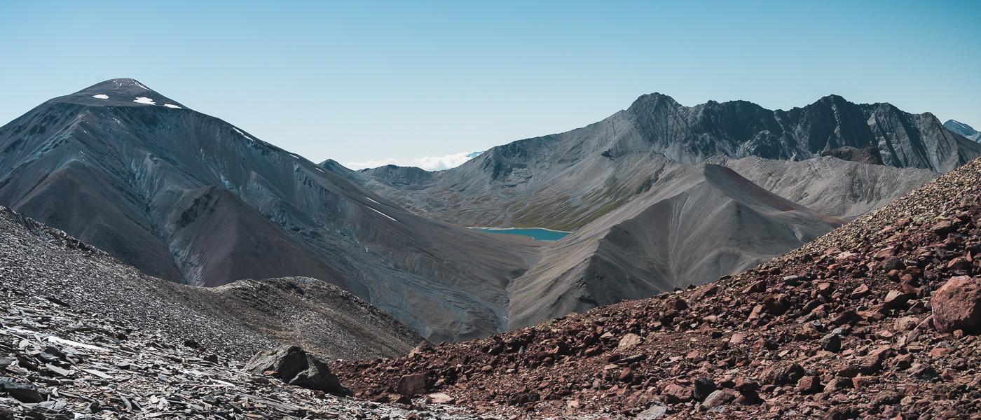 The view of Kelitsadi Lake from Khorisar pass on Day 2 of the trek