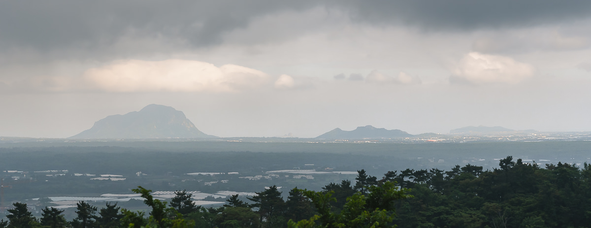Sanbangsan and Sagye shining in the late sun on the south coast of jeju Island