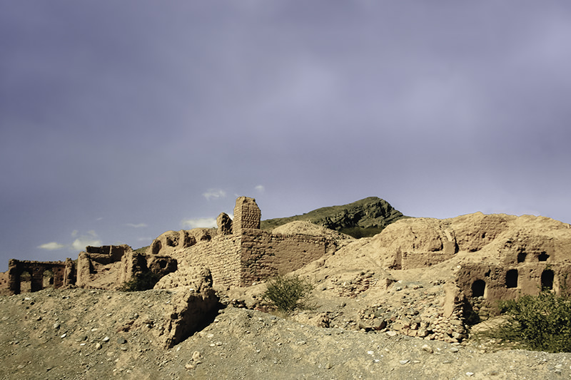 The runied mudbrick houses at Tanuf , a stop off in a 10 day Oman itinerary