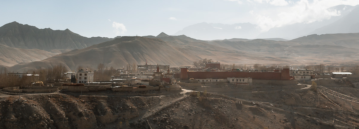 The red walls of Lo Manthang and surrounding houses, as seen from the north looking south